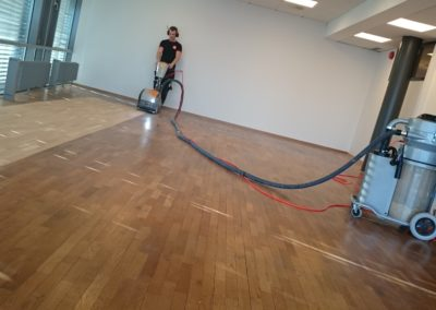 sliping av gulv på kontor i trondheim