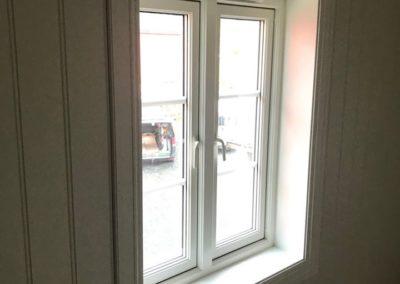 nye vinduer med utforing, snekkertjenester